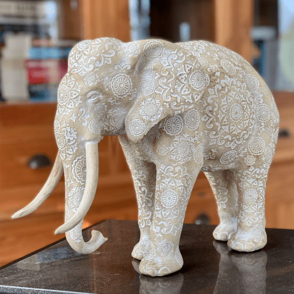 Ornament Olifant poly beige